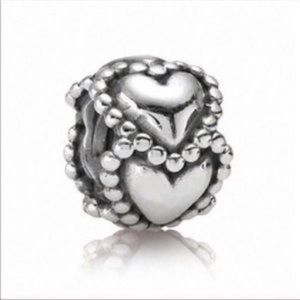 RETIRED! Pandora Everlasting Love Charm 790448